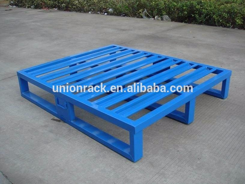 Heavy duty single faced steel pallet