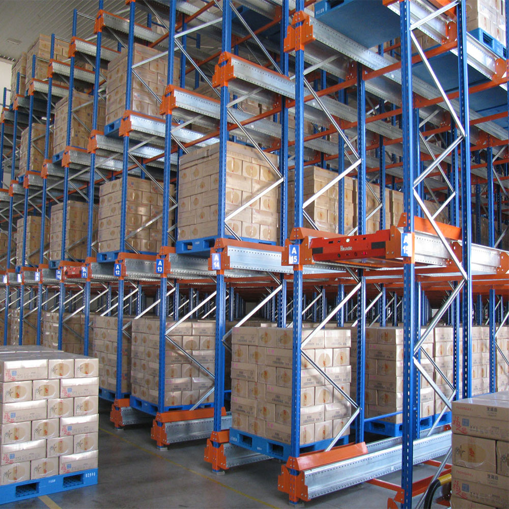 Customized steel mezzanine shelving for warehouse